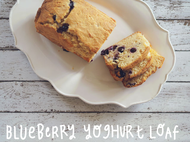 blueberry-yoghurt-loaf