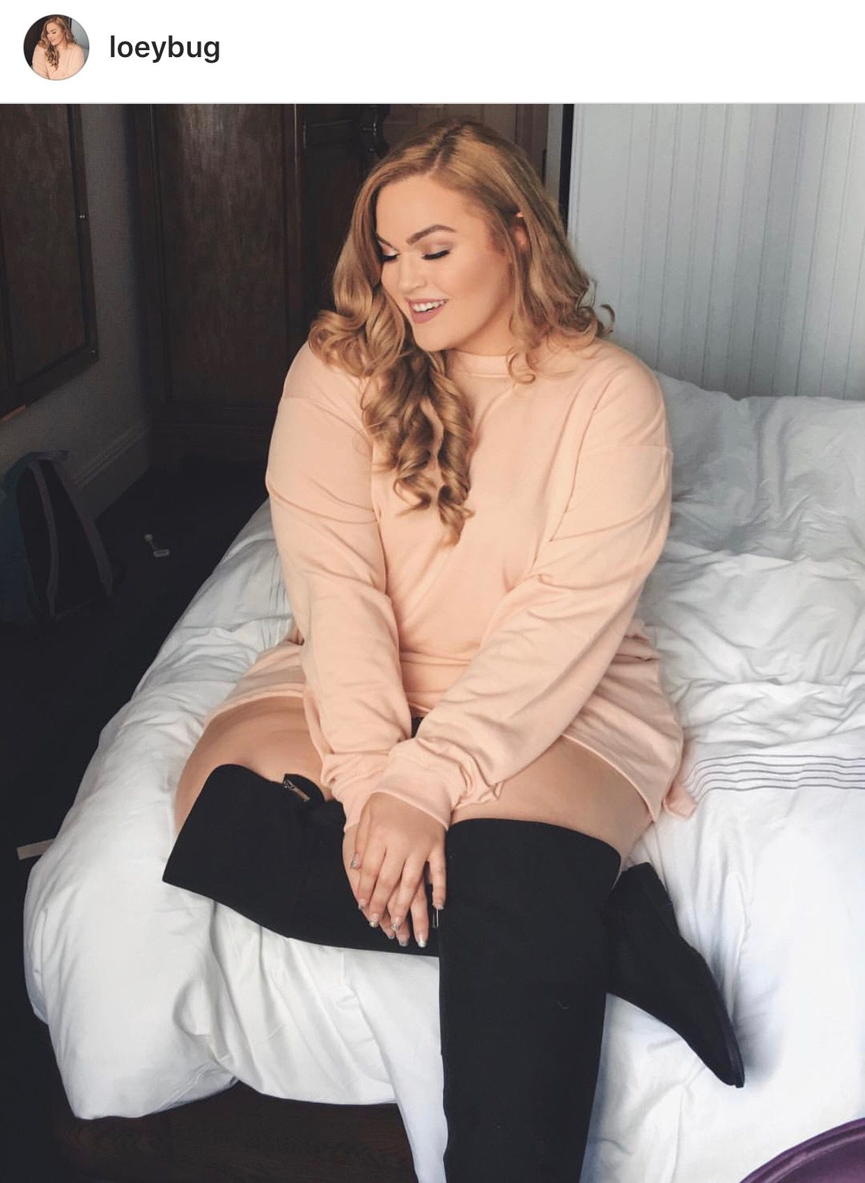17 Plus-Size Instagram Accounts I'm Loving {a Lot!}